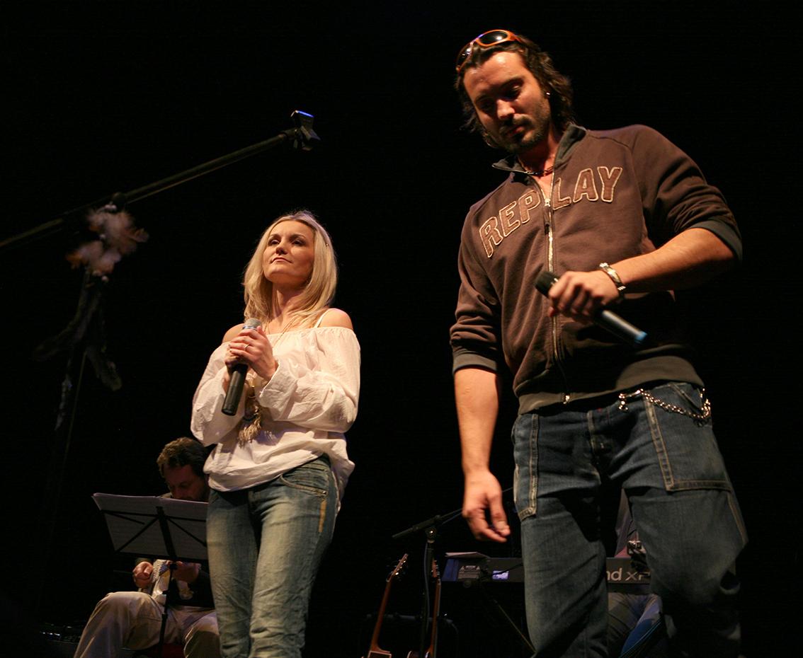 Iva + Václav Noid Bárta - divadlo v Celetné a 999 křest CD
